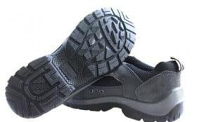 导致安全鞋开胶的原因以及应该如何降低开胶的概率