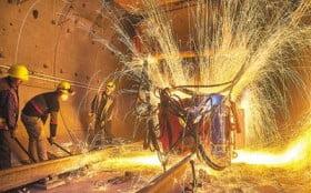 焊接工作中,如何降低伤害?
