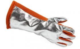 不同行业里,应该如何选择耐高温手套