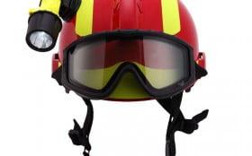 如何清洗和检查消防头盔
