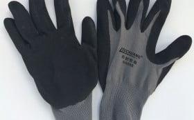 使用劳保手套应该要注意哪些方面?