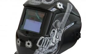 使用自动变光电焊面罩的注意事项
