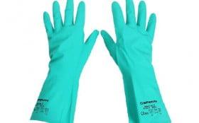 穿戴丁晴手套手套时,需要注意哪些方面?